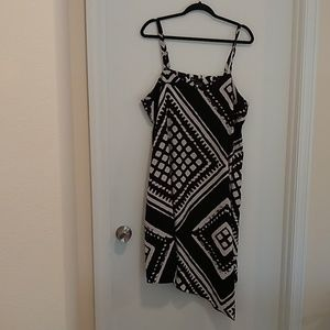 Lane Bryant asymmetrical hem black & white dress